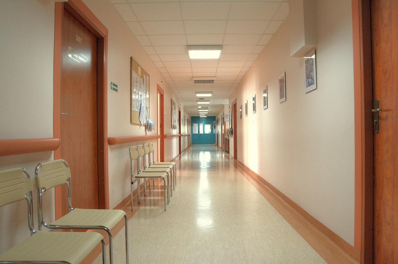 thông gió bệnh viện